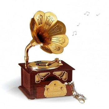 Creative Art Gramophone Music Desktop Decoration Vintage Music Box Opening Gifts Home Decoration